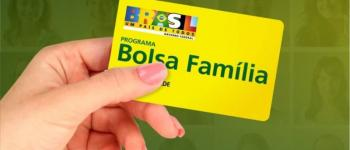 Bolsonaro avalia mudar nome do Bolsa Família para 'Auxílio Brasil'