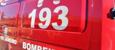 Acidente na BR-101 deixa motociclista ferido em Campos