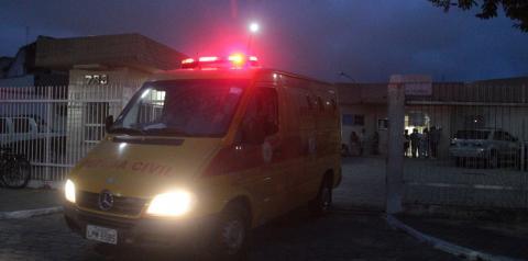 Adolescente morto a tiros em praça de Guarus