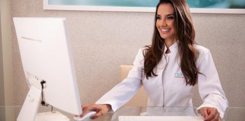 Tratamentos íntimos brasileiros atraem pacientes norte-americanas