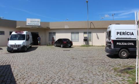 Corpo com marcas de tiros é encontrado em canavial em Guarus