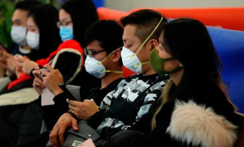 Coronavírus já matou 26 pessoas; OMS mantém alerta permanente