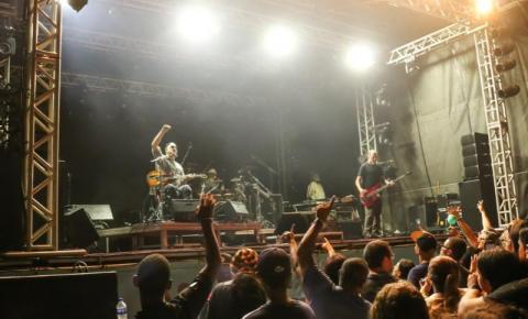 Os Paralamas levam o melhor do rock nacional à Arena Show Farol