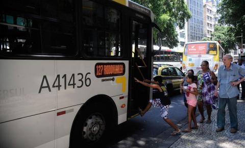 Rio restringe circulação de ônibus intermunicipais