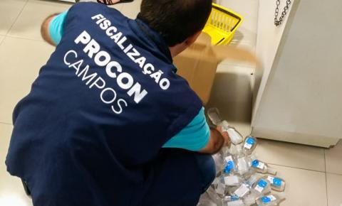 Procon de Campos apreende mais de 100 frascos de álcool gel sem procedência