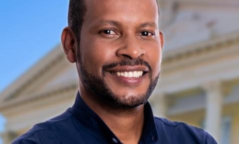 Vereador Leon Gomes faz bonito no legislativo Campista