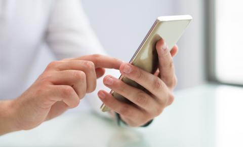 Pesquisa revela como as mulheres gostam de ser abordadas nos aplicativos de relacionamentos