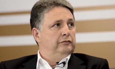 TJRJ anula condenação de Garotinho por calúnia contra desembargador Luiz Zveiter