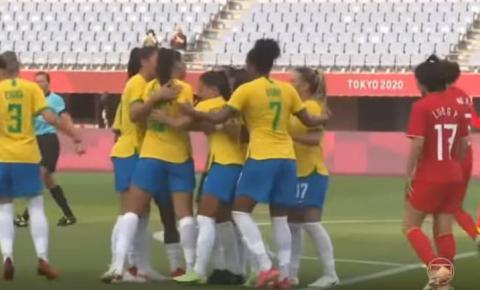 Brasil vence China por 5 a 0 na estreia do futebol feminino