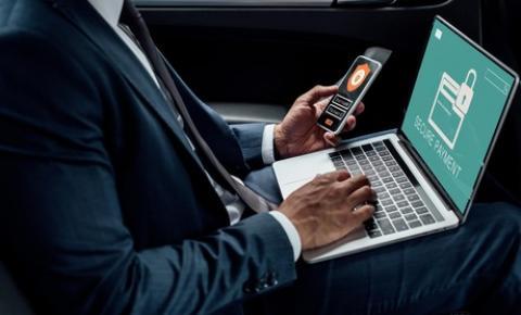 Como evitar golpes em aplicativos bancários pelo celular