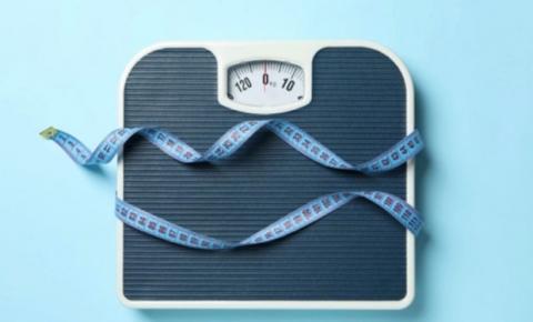 Manter o peso ideal diminui as chances de desenvolver a forma grave da Covid-19