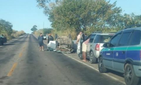 Criança e ocupante ficam feridos após acidente em Campos