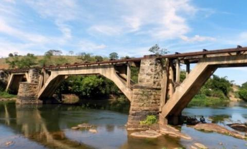 Cardoso Moreira: Governador autoriza construção da Ponte de Ferro