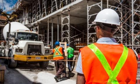 Câmara aprova PL que permite atuação de técnicos industriais em obras