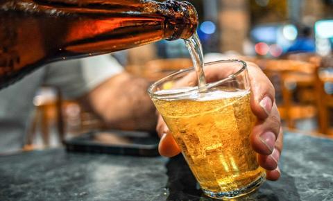 Aumento no preço da cerveja preocupa setor de bares e restaurantes