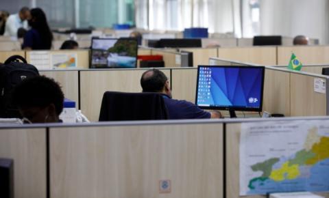 Feriadão: Antecipação dos salários dos servidores vai movimentar turismo e comércio
