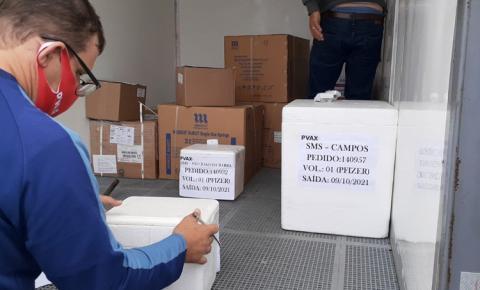 Campos: Nova remessa de doses de vacina contra a Covid-19 chega a Campos