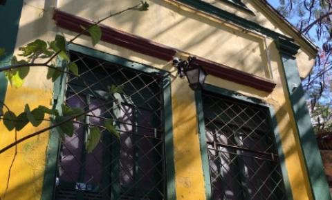 Oca Roots: Ateliê de arte e bar com cenário cultural em Campos