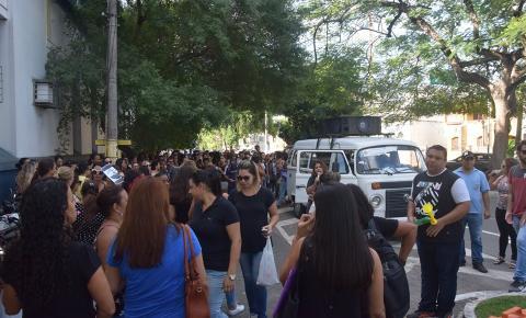 Dia marcado por protestos nas ruas