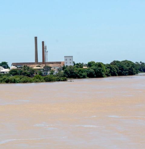 Alerta: Nível do Rio Paraíba do Sul sobe dois metros e atinge Cais da Lapa