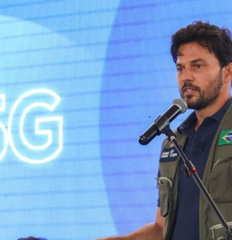 Ministro diz que investimentos do 5G vão universalizar internet no Brasil